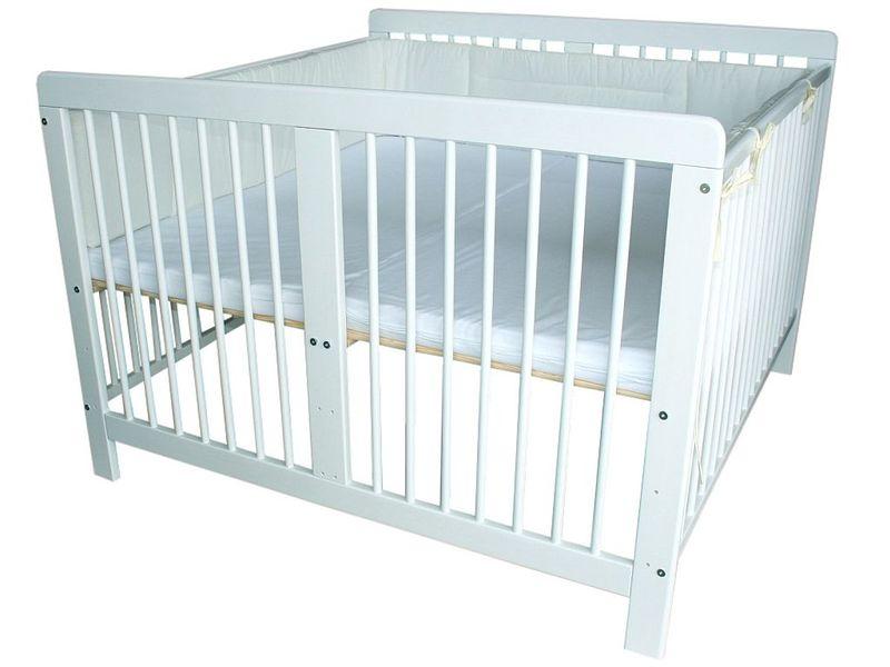 zwillingsbett kinderbett weiss f r zwillinge incl 2 matratzen und nestchen ebay. Black Bedroom Furniture Sets. Home Design Ideas