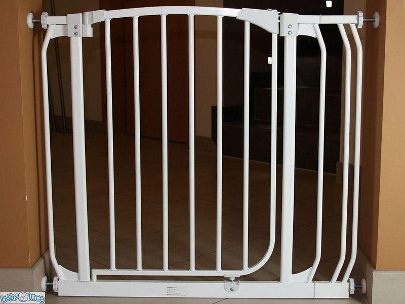 treppenschutzgitter treppengitter schutzgitter schwenkbar. Black Bedroom Furniture Sets. Home Design Ideas